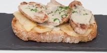 Tosta de Solomilla Iberico, Purrusalda y Salsa de Cabrales